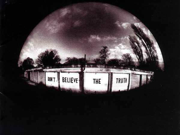 Oasis – Don't Believe the Truth (Album)