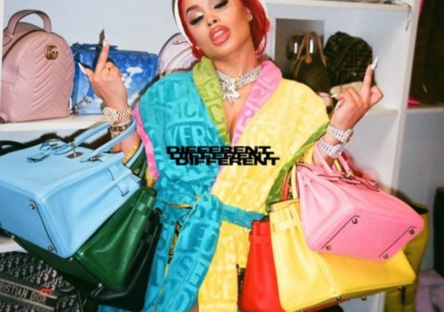 DreamDoll – Different Freestyle (MP3)