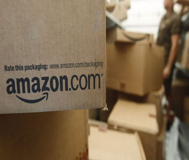 Big U.S. retailers line up deals to take on Amazon Prime Day frenzy