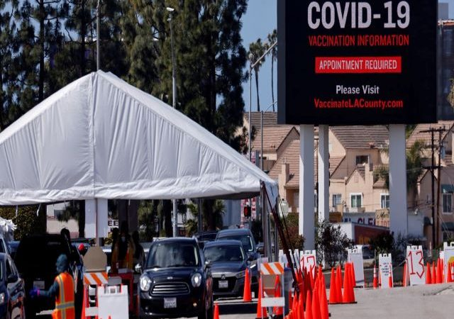 U.S. plans to begin administering COVID-19 booster shots in September